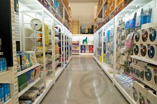 Sanitary display shelve
