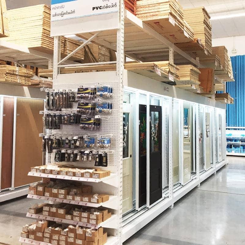 shelvign store door shelving